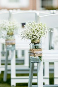 Using eco-friendly options for wedding flowers helps limit the impact of the wedding.